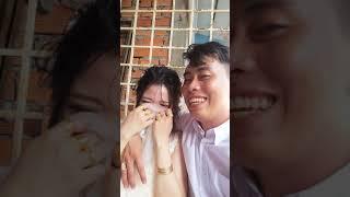Cô dâu khóc nức nở ngày đầu về nhà chồng