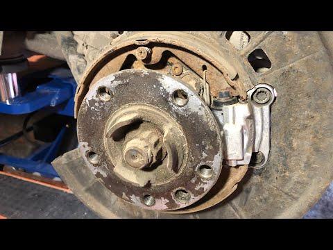 Замена моторчиков или колодок ручника на VW Touareg NF