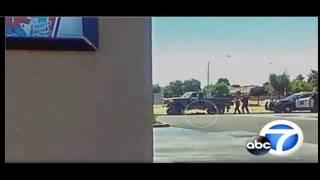 شاهد .. لحظة إطلاق الشرطة الأمريكية النيران على مراهق وقتله