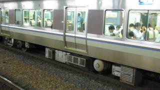JR西日本 223系2000番台+225系0番台 普通 野洲行き 南草津駅 20170526