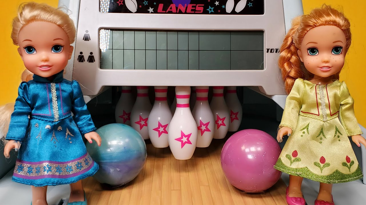 Download Bowling ! Elsa & Anna toddlers - American Girl doll - Barbie doll - fun game