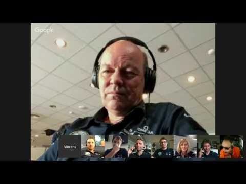 Solar Impulse engineers discussion for André Borschberg last flight of the round-the-world