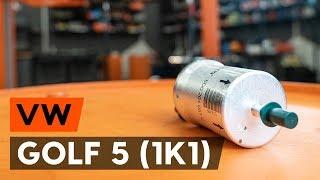 Kā nomainīt degvielas filtrs VW GOLF 5 (1K1) [AUTODOC VIDEOPAMĀCĪBA]