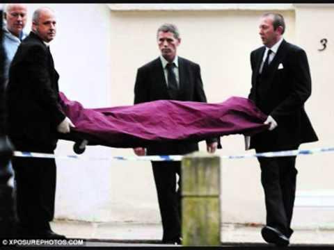 Amy Winehouse Dead Body New Pics 12 agust.mp4