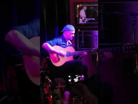 Antonio Forcione live at the Doghouse Jazz Bar Ramsbottom 2017