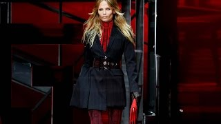 Download Video Versace   Fall Winter 2015/2016 Full Fashion Show   Exclusive MP3 3GP MP4