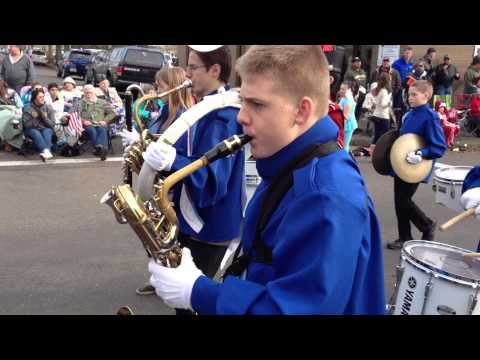 Calapooia Middle School band at Albany Veterans Day Parade