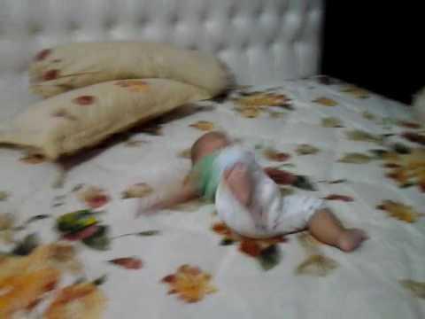 Bayi jatuh