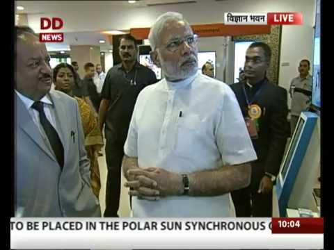 PM attends platinum jubilee celebration of CSIR at Vigyan Bhawan, Delhi
