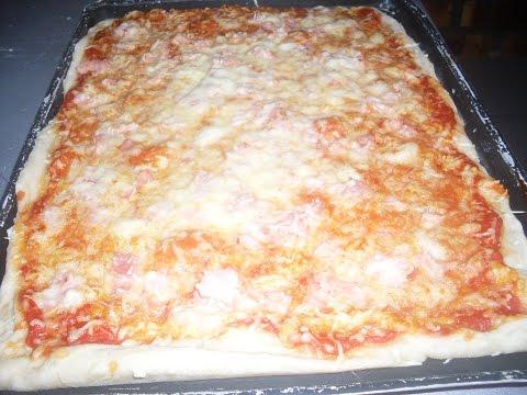 comment-faire-une-savoureuse-pizza-au-jambon-et-au-fromage-facilement?