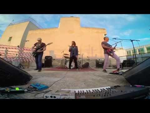αγόριαstonilio // live στην ταράτσα του Music Society Web RadiON 23.05.2015