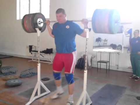 Velichko Cholakov - 325 kg (716 lb) Raw Squat