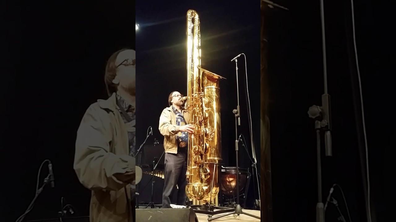 Scott Robinson per Aperitivo in concerto teatro Manzoni