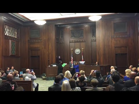 New Youngstown Municipal Court judge sworn into office