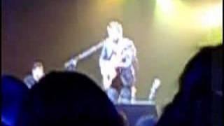 Juanes en Barcelona  Concierto Acústico  No Creo en el Jamás