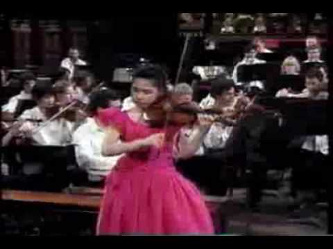 sarah chang plays Tchaikovsky violin concerto part2