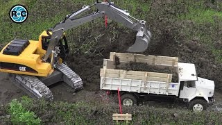 RC CONSTRUCTION SITE, RC EXCAVATOR loading RC TRUCK