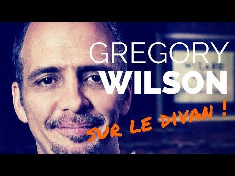 Gregory WILSON sur le divan | sa vie et ses tours de magie