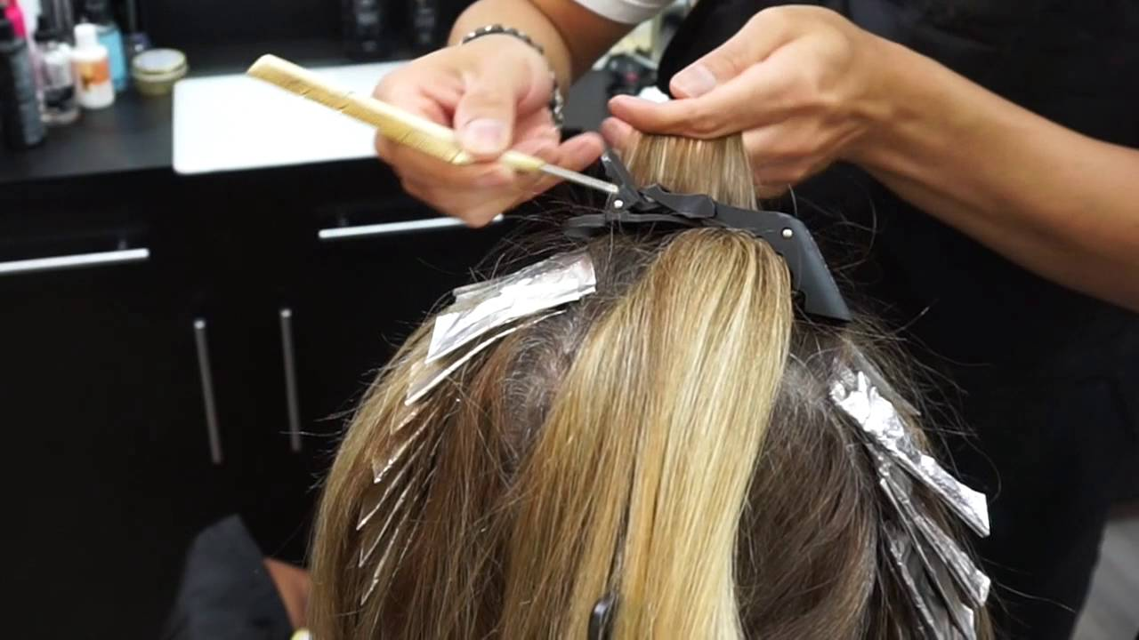 How To Do A Color Touch Up With Highlights At The Same Time Youtube