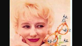 Blossom Dearie - Fly Me To The Moon