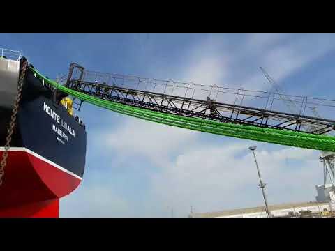 Navantia pone a flote el primer petrolero Suezmax