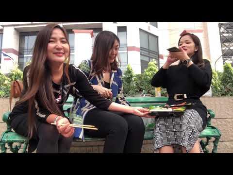 สาวออฟฟิศลองทานข้าวกลางวันแบบฮานามิ !タイオフィスレディーの花見ランチstyle! Outside bento lunch box!   Dr. Hong Chan
