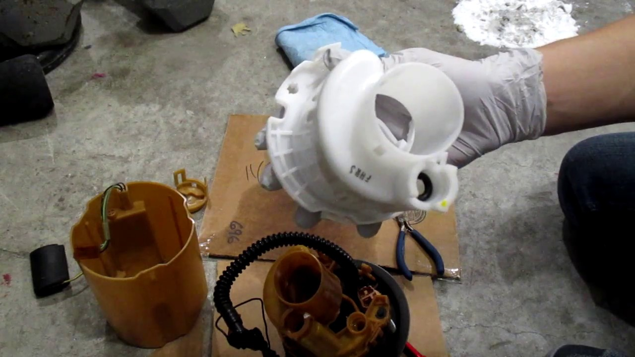 2004 kia rio fuel pump and filter replacement part 2 - youtube  youtube