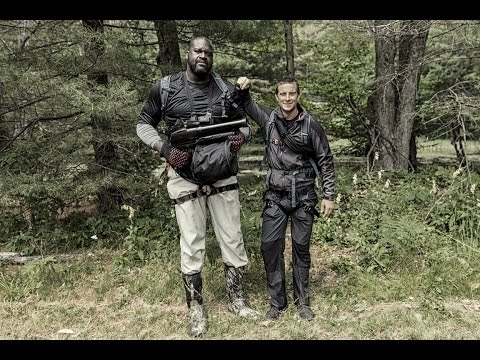 【荒野求生全明星】貝爾和NBA O'Neal 吃胎盤(雙語字幕)O'Neal Running Wild with Bear Grylls
