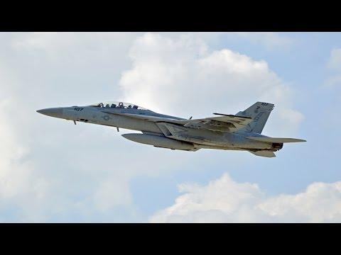 2016 Vectren Dayton Airshow: F-18 Departure