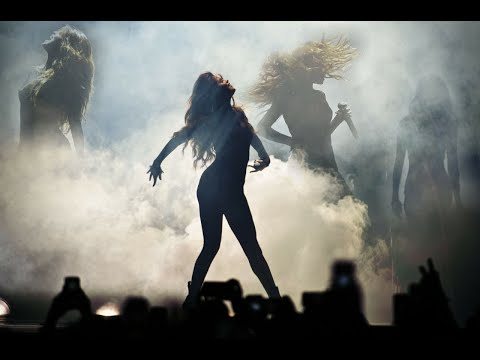 Selena Gomez - Revival Tour (Full DVD). http://bit.ly/2BuUAGT