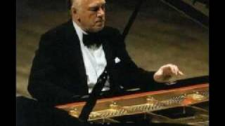 Sviatoslav Richter plays Beethoven - Sonata no.3 in C major, op.2, no.3 (2/3)