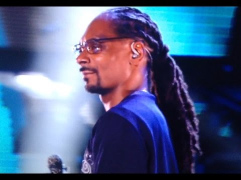 Snoop Dogg Live in Miami New Years Eve 2017!