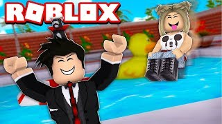 MAKING A MESS IN THE HOTEL POOL | ROBLOX-Echelon Hotels