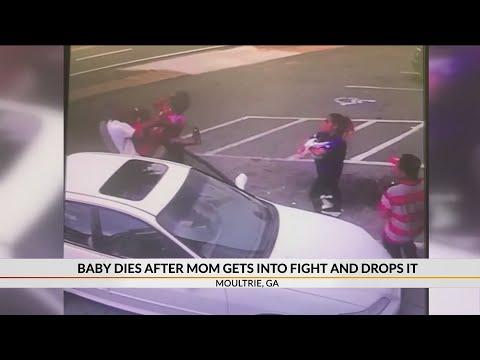La Gitana - Se le cayó baby de las manos mientras peleaba...