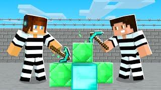 DIAMANTES E ESMERALDAS !! - Minecraft Prisão #2