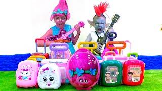 Five Kids Trolls play music Song Nursery Rhymes