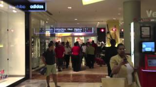 Fight Breaks Out In Mall And Security Threaten Harass Bystander About Recording With Iphone!