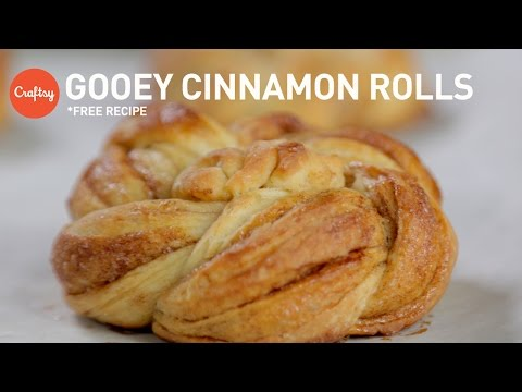 Homemade twisted cinnamon rolls (free recipe) | Craftsy Baking Tutorials