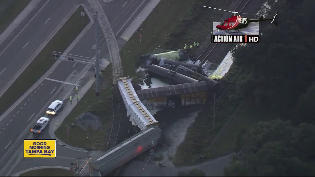 officials-confirm-molten-sulfur-leak-after-train-derails-in-lakeland