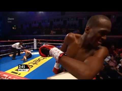 Bellator'un Yıldız Dövüşçüsü Michael Page, Michal Clach'i Nakavt Ediyor