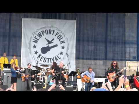 Watch Roger Waters Perform With My Morning Jacket at Newport Folk Fest