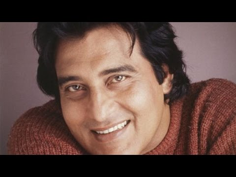 Vinod Khanna: From an actor to a politician