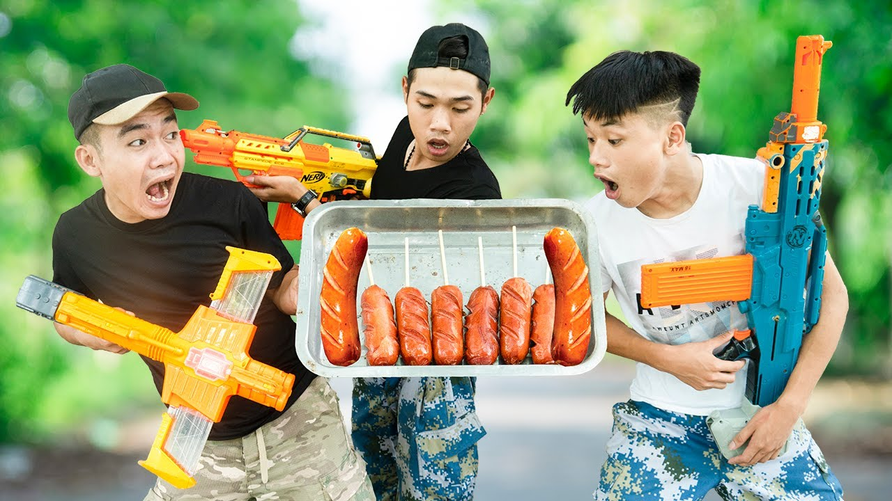 Battle Nerf War: Squad Warriors X & Blue Police Practice Nerf Guns Robbers Group SAUSAGE BATTLE