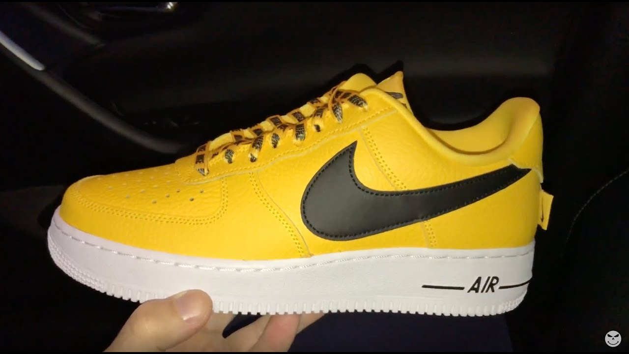 best service 75791 c2ed1 Nike Air Force 1 07 Lv8 NBA Pack yellow sneakers