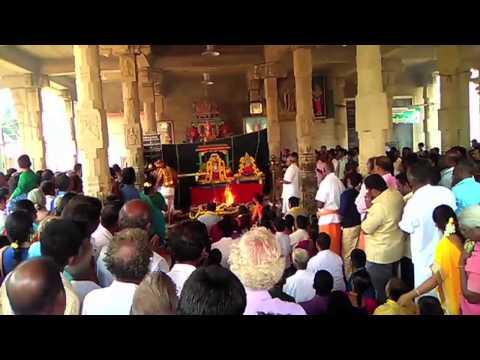 திருவாரூர் தியாகராஜசுவாமி கோவிலில் லெட்சுமி குபேர பூஜை