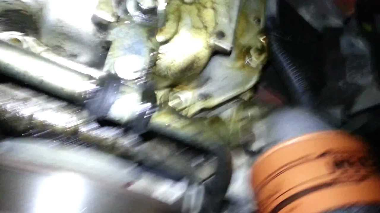 04 Land Rover Discovery Possible Headgasket Leak Youtube