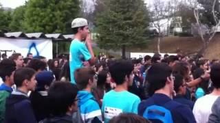 Vencedor do Portugal tem Talento humilha aluno de escola em Braga!