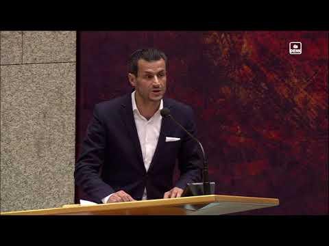Farid Azarkan (DENK) tijdens debat 'Haatimams in Nederland'