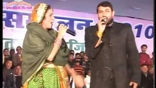 मनोज तिवारी और मालिनी अवस्थी एक मंच पर भोजपुरी गाना गावत। भोजपुरिया स्टाइल में गाना