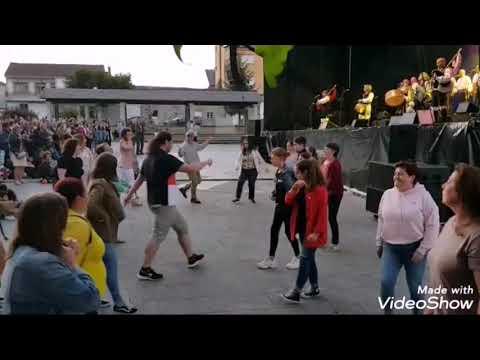 Actuación de Treixadura na Festa da Torta de Millo de Guitiriz